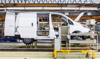 Nissan begins deliveries of new range-extended zero-emissions e-NV200