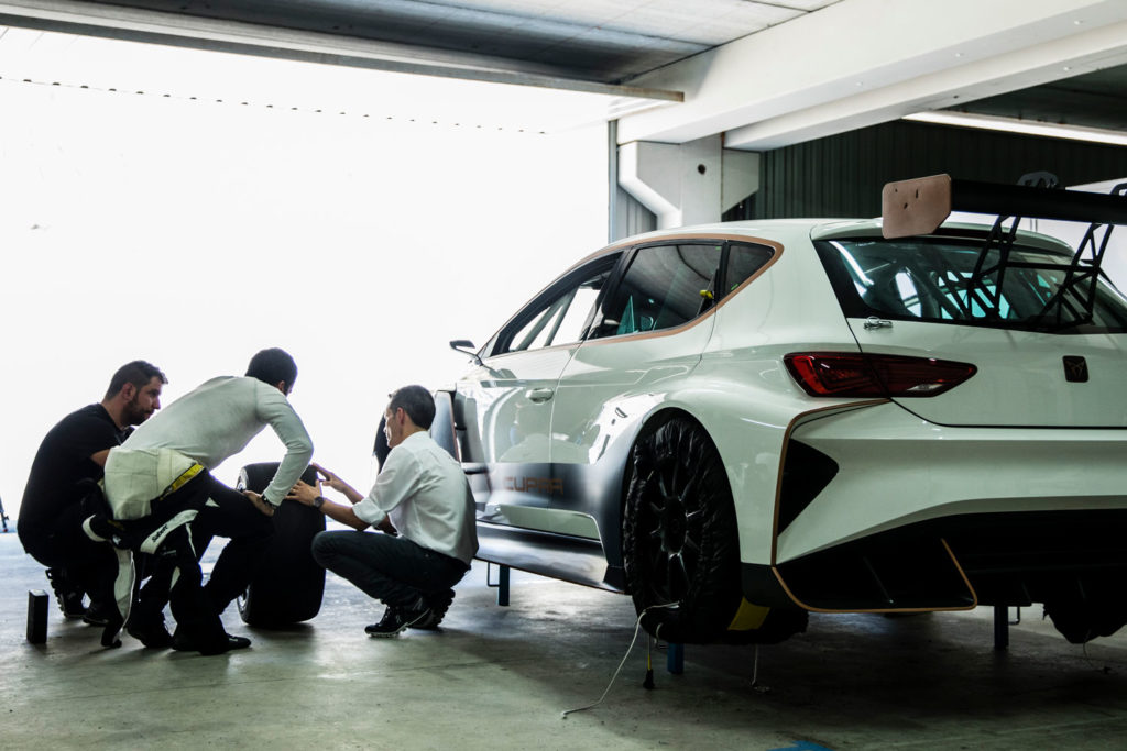 Cupra E-Racer conducts first dynamic testing