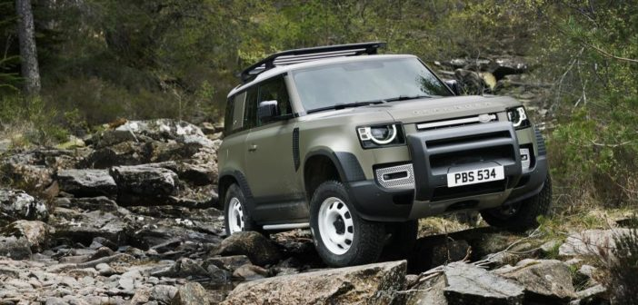 Land Rover Defender hybrid revealed