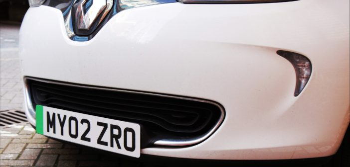 Green license plates for electric vehicles set for UK
