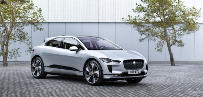 Jaguar joins Olso's world first wireless charging taxi rank project