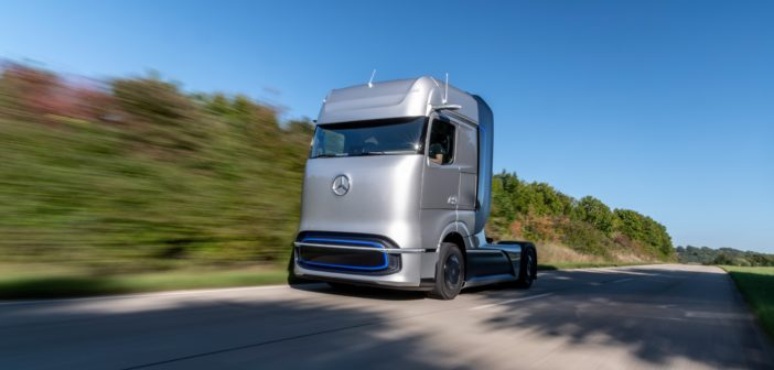 Mercedes-Benz fuel-cell concept truck revealed